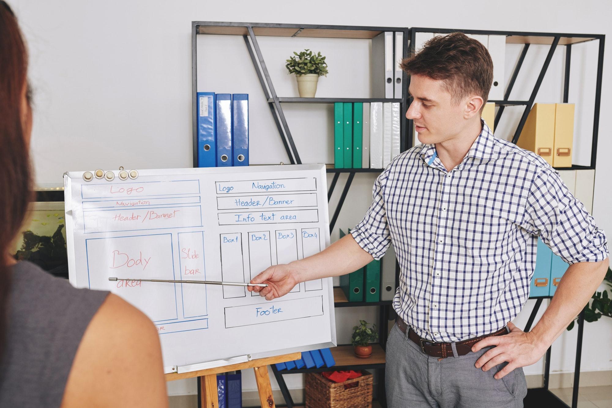 UI designer showing website layout